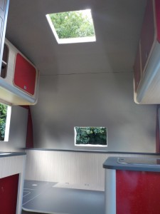 Retro_Tourer_Motorhome_Interior_07